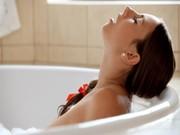 คลิปโป๊HD ดาราสาวโป๊xnxx ระดับโลกช่วยตัวเองในอ่างอาบน้ำ ทำหน้าอย่างเด็ด เห็นแล้วครางเสียว