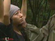 น่าสงสารจริงๆ ทหารราดตะเวนชายแดนเจอหญิงลงทางในป่าแต่กลับไม่ช่วยไปข่มขืนเขาเฉยเลย โว้ยไอเลว