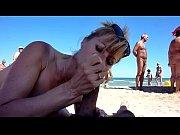 คลิบหลุดริมชายหาดประเทศแถบยุโรป อมควยริมทะเล ไม่อายใครจริงๆ น้ำแตกคาปาก ก็ไม่อายนะ