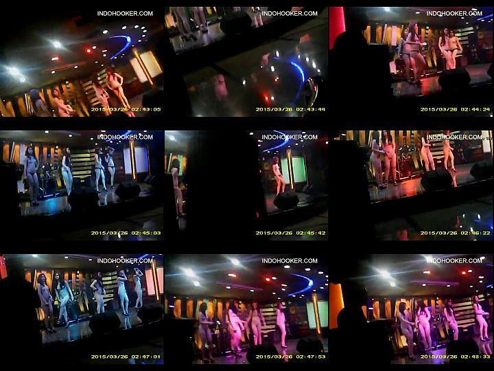 คลิบหลุดจากอินโดนิเซีย สาวsexy Striptease เต้นยั่วควยลูกค้า เพื่อดึงดูดคนจะมาออฟหี
