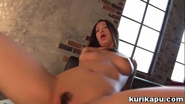 นางแบบสาวญี่ปุ่น รับงานนอก ถ่ายหนังเอ็กซ์ โดนดูดหีจนไม่เหลือท่า porn av
