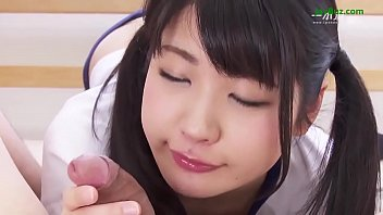 คลิปนักเรียนสาวญี่ปุ่น อมควยให้ผัวหนุ่ม ดูดไข่ดังบ้วบๆๆ