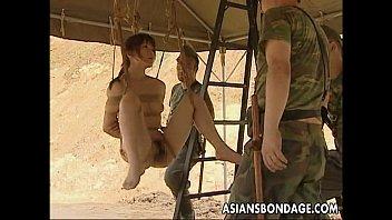 หนังxแนวซาดิสฝรั่งจับสาวญี่ปุ่นมารุมโทรมในทะเลทรายฐานทัพลับ