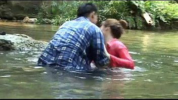 หนังไทยอีโรติกxxx เรื่องนี้ลองดูนางเอกลีลาโคตรจะร่านหี หีก็เนียนนมใหญ่เด้ามันส์ตอนขย่มแถมยังร้องดังยิ่งกว่าน้องแนทของเราอีก