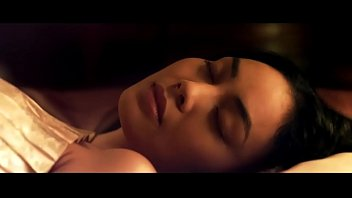 หนังไทยโรง 18+ จันดารา นำแสดงโดยตั๊ก บงกช นมสวยนมโต ดารารุ่นเดอะสุดยอดแห่งตัวแม่เรื่องหุ่น