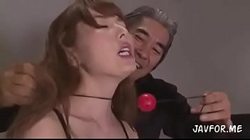 หนังAVเปิดวาป Yui Hatano ดาราเอวีญี่ปุ่นมือเก๋า เจอพวกโรคจิตรุมเย็ดพร้อมเซ็กทอย เสียวหอยครางดังอย่างเซ็กจัด