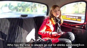 Hotที่สุด หนังโป๊2018ส่งท้ายปี หีสาวน่ารักโดนเย็ดบนรถ คนขับFake Taxi จับอ้าหีปี้ที่เบาะหลัง เย็ดมันๆมีอมควยให้ด้วย