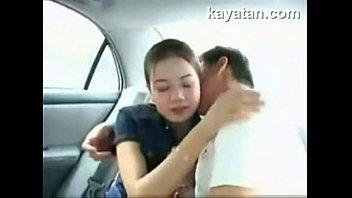 หลุดโป๊คู่รักเอากันบนรถ 18+นอนเบาะหลังเย็ดกระจายไม่อายคนหน้า คนหลังเงี่ยนจัดใส่หีสาวเต็มลำ หำมิดหอยเสียวสุดยอด