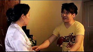 หนังเรทอาร์ไทย2012 สาวATMขายหีแลกเงิน ถูกหนุ่มเสี่ยกระหน่ำเย็ดหีจนติดใจ มาทำไซด์ไลน์โดนเปิดซิงตามที่พี่ชวน