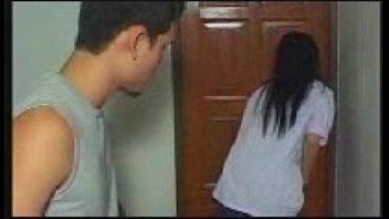 หนังเอ็กXXXไทยเย็ดคาชุดมัธยม สาวมหาลัยเปลี่ยนฟิลเย็ดหีกับแฟนหนุ่ม ใส่ชุดตอนเด็กเย็ดกันมันส์หัวควยไปอีกแบบนะคะ