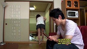 แอบส่องหีน้องสะใภ้ นุ่งสั้นในบ้านแบบนี้ชวนกันแอบเย็ดสักที ถ้าติดใจควยใหญ่รับรองมีเบิ้ลยกต่อไปอีกหลายท่าเสียว หนังโป๊ญี่ปุ่น18+