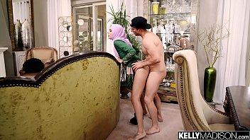 Porn Creampie เย็ดมุสลิมหีโหนกในบ้านไฮโซ ผัวไม่สนใจปล่อยเมียถูกเย็ดแตกในคาบ้าน ควยแช่ในหีร้องเสียวโหดมาก