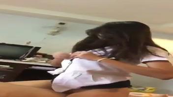 เรื่องเสียว เย็ดโชว์ เย็ดหีไทย เย็ดหีนักศึกษา เย็ดนิสิต เย็ดนักศึกษา เย็ดคาชุด หี หลุดนักศึกษา บ้ากาม